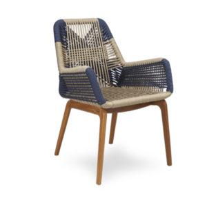 Cadeira madeira e cordas