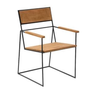 Cadeira com braço.
